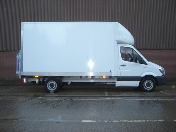 Luton box van for hire